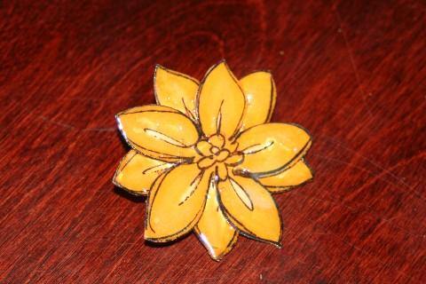 Pin yellow flower