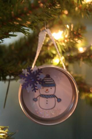Ornament tin