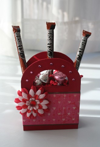 Valentine wood bucket