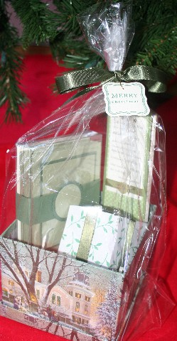 Gift basket green