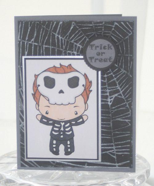 Halloween skull ian trick treat