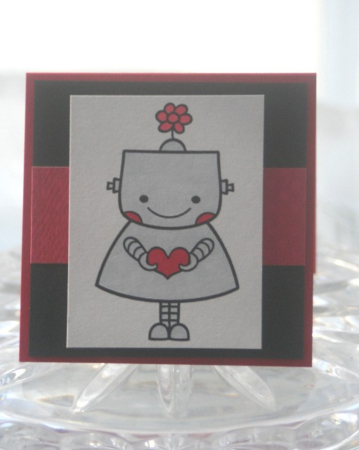 Mini robot girl heart