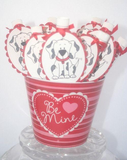 Valentine pup bucket