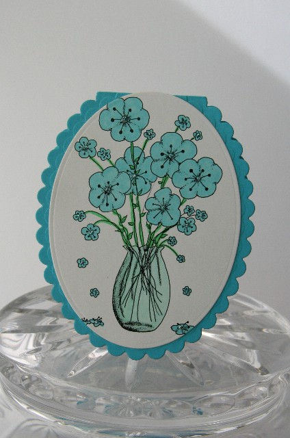 Oval card flowers blue