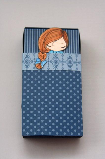Sleepover invites blue