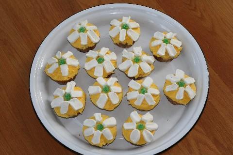 Cupcakes_daisies