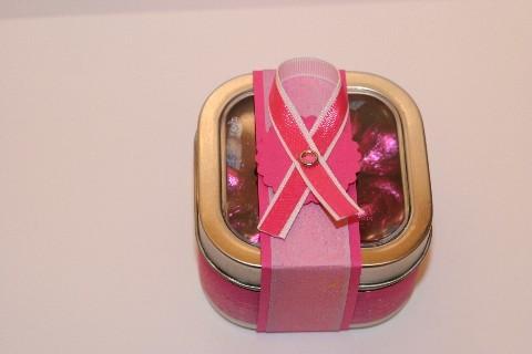 Window_tin_lg_pink_ribbon
