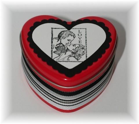 Heart_tin_love
